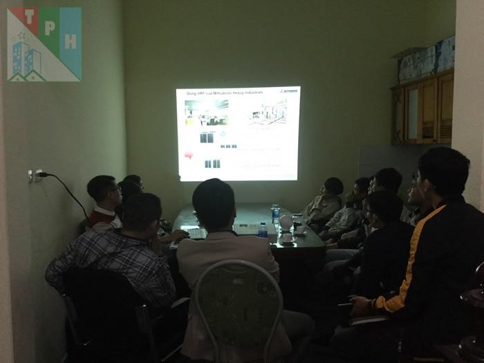 Training Cac San Pham Dieu Hoa Mitsubishi Cho Ky Thuat Tan Phuc Hung (11)