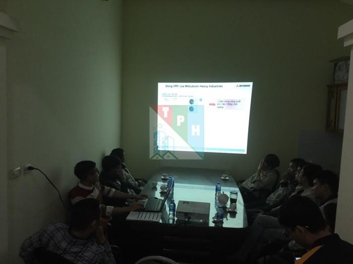 Training Cac San Pham Dieu Hoa Mitsubishi Cho Ky Thuat Tan Phuc Hung (2)