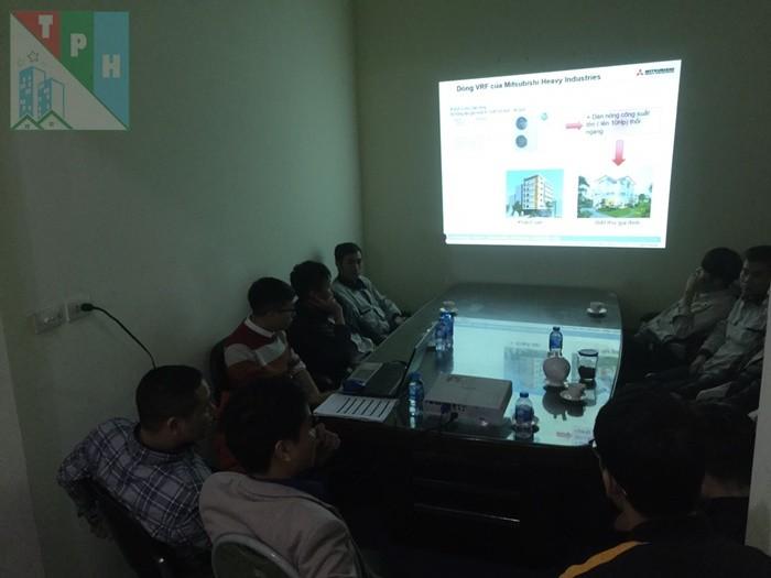 Training Cac San Pham Dieu Hoa Mitsubishi Cho Ky Thuat Tan Phuc Hung (8)